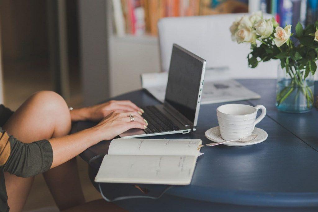 estudar por cursinho online ou presencial